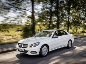 Mercedes-Benz E 200 NGT BlueEfficiency
