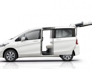 Honda Freed -4