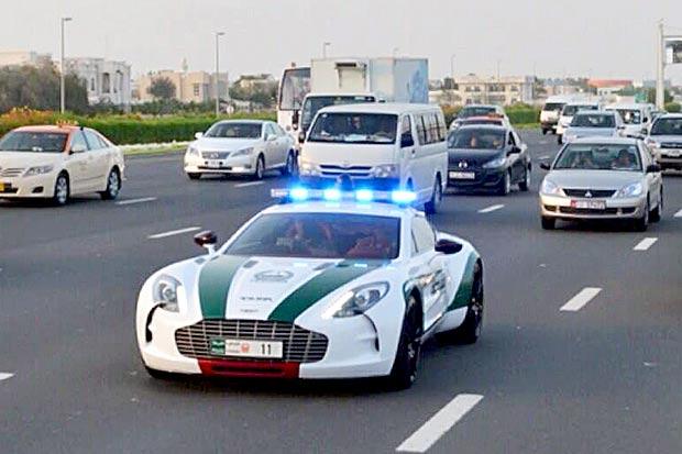 Aston Martin One-77 – Dubai Police
