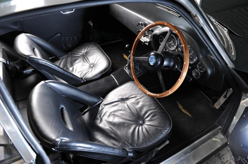 Aston Martin DB4 GT -8