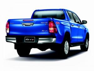 Toyota Revo-4
